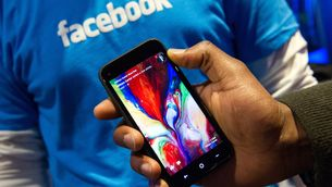 Facebook Considered Push into Open-Source Android Phones