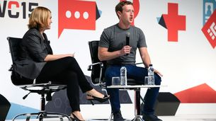 What Zuckerberg Faces at Mobile Conference