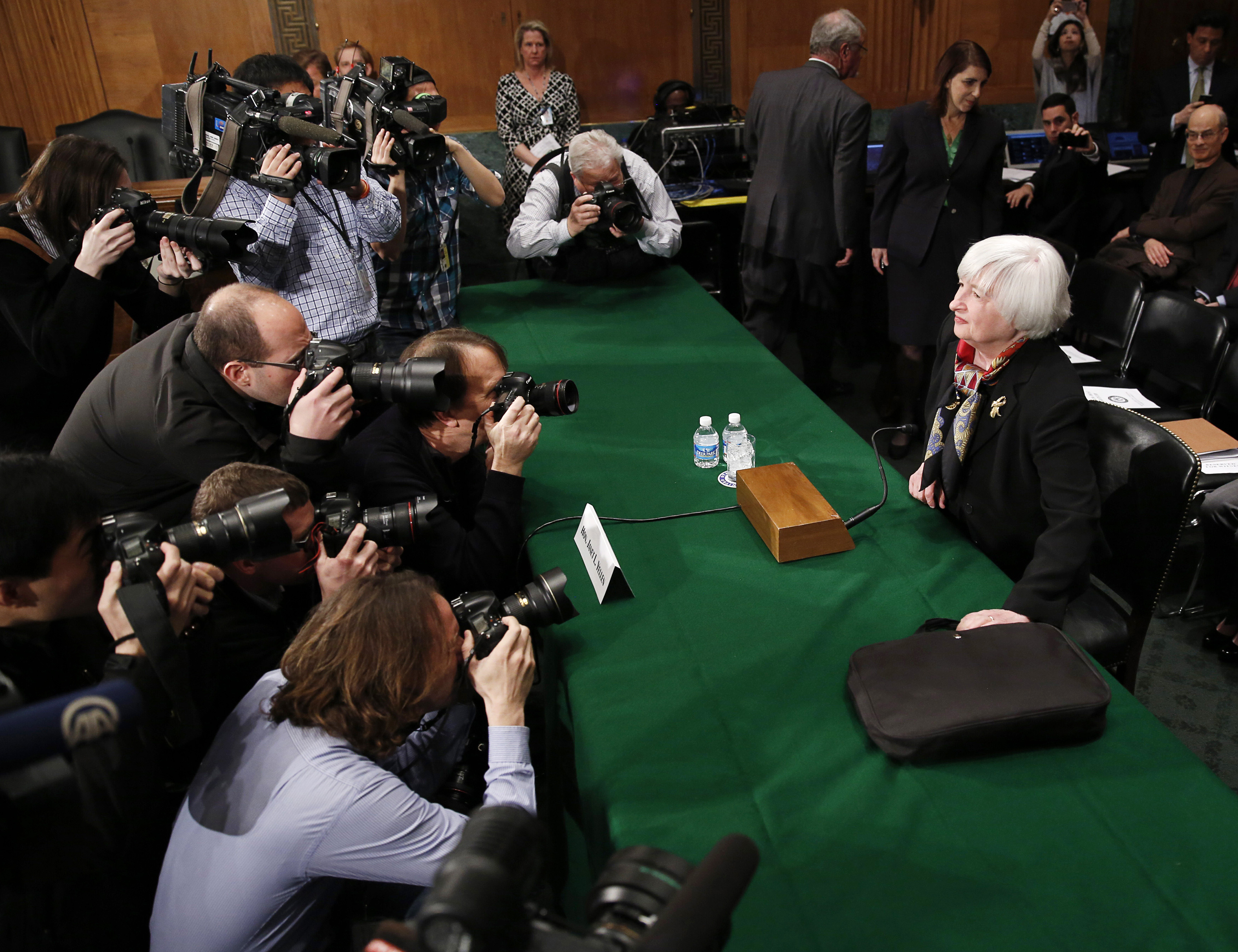 As Tech Valuations Soar, Eyes Turn to Interest Rates