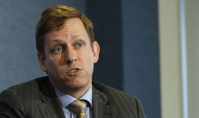 Palantir Faces Challenges on Revenue Growth