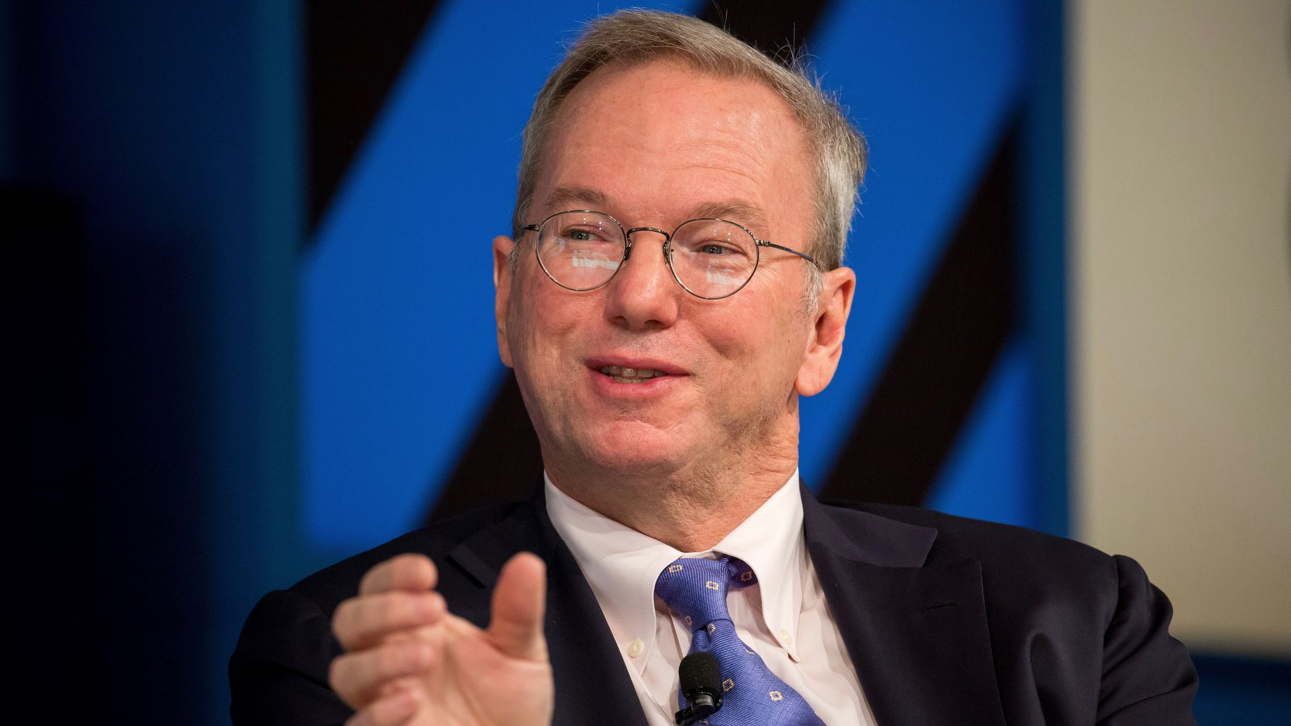 Eric Schmidt, executive chairman of Alphabet. Photo by Bloomberg.