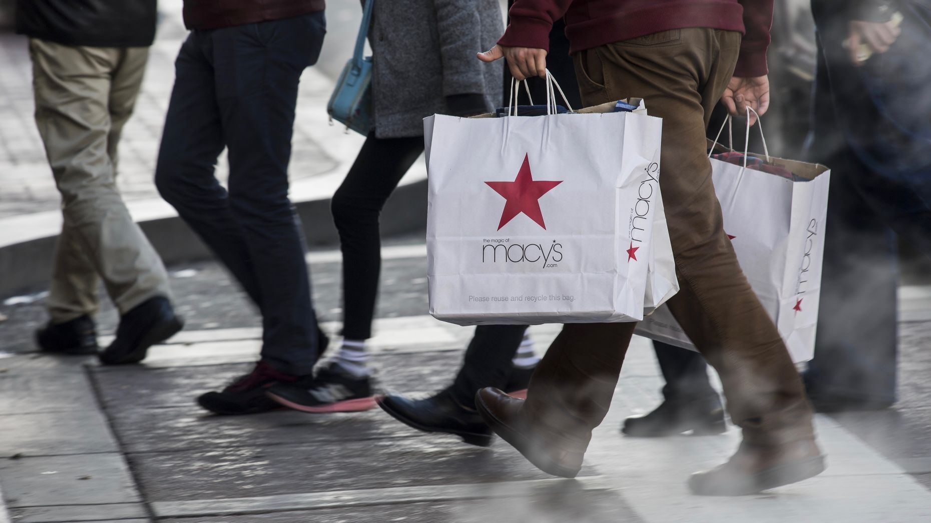 Macy's is testing Facebook's new ad-measuring technology. Photo by Bloomberg.