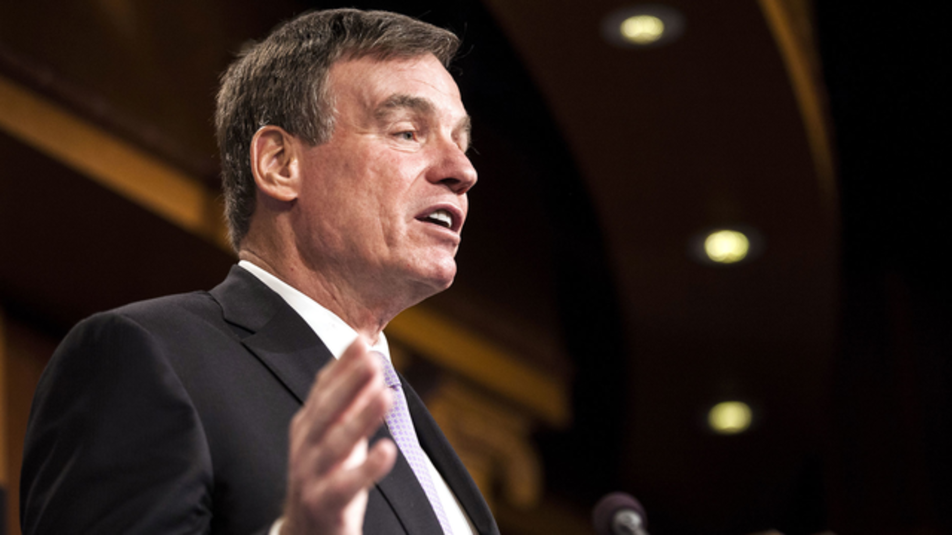 Virginia Sen. Mark Warner, during a news conference  in Washington, D.C., on Oct. 19. Photo: Bloomberg