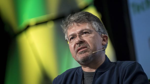 Google's Giannandrea Steps Aside in AI Leadership Shuffle