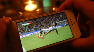 Big Online Crowds for World Cup, But No Way to Count
