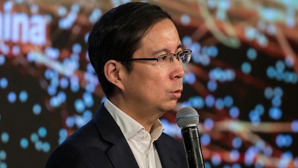 Alibaba's Dilemma: Bargain Basement Shoppers
