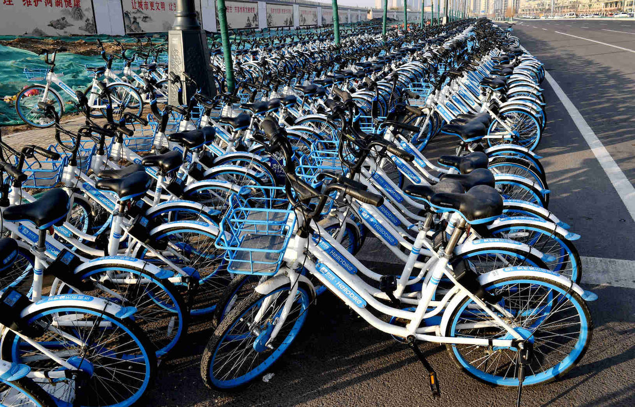 SoftBank in Talks to Invest in Alibaba-Backed Bike Sharing Startup Hellobike