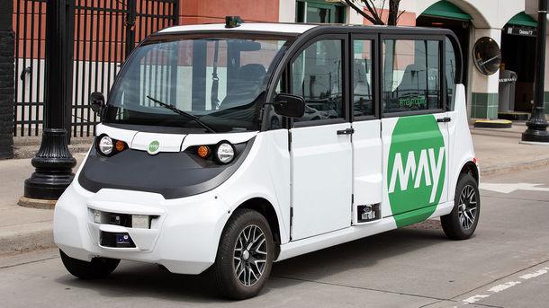 Self-Driving Shuttles Advance in Cities, Raising Jobs Concerns