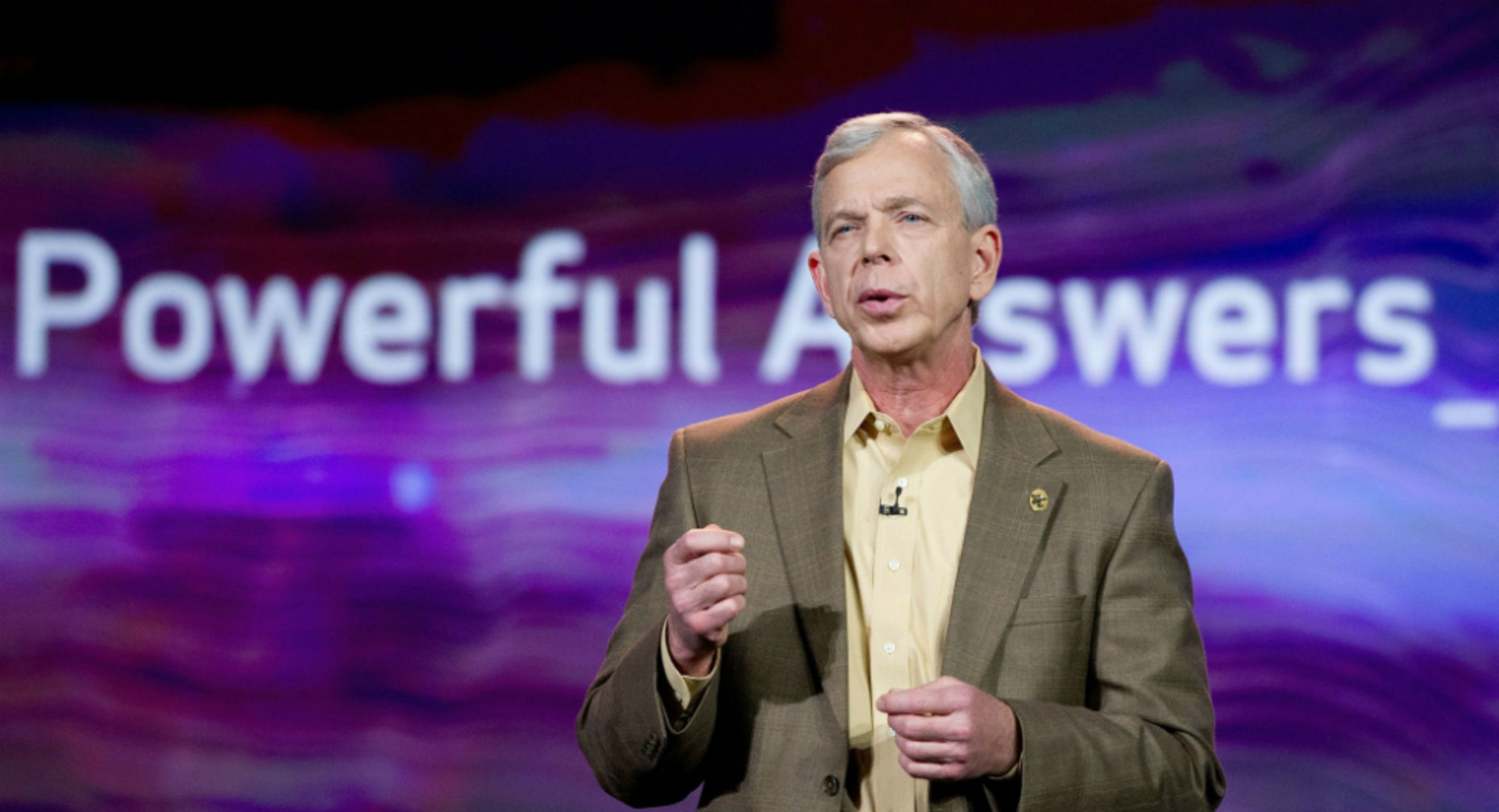 Verizon Communications CEO Lowell McAdam. Photo by Bloomberg.