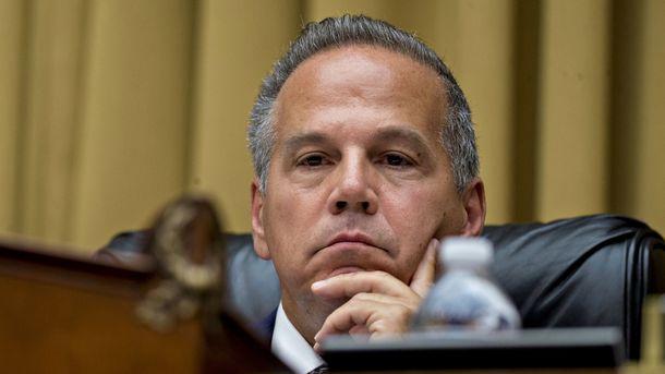 Top Lawmaker Probing Tech Plans New Legislation