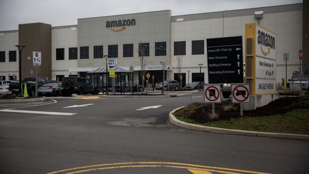 Amazon Quietly Expands Large-Scale Covid Testing Program for Warehouses