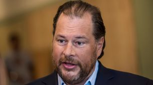 Salesforce Analytics Chief Stepping Aside